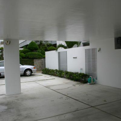駐車場とガレージ付きの家が 気になりますの画像